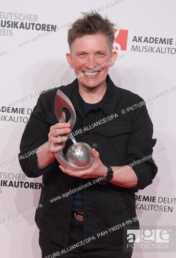 14 March 2019, Berlin: Song writer Suli Puschban receives the trophy