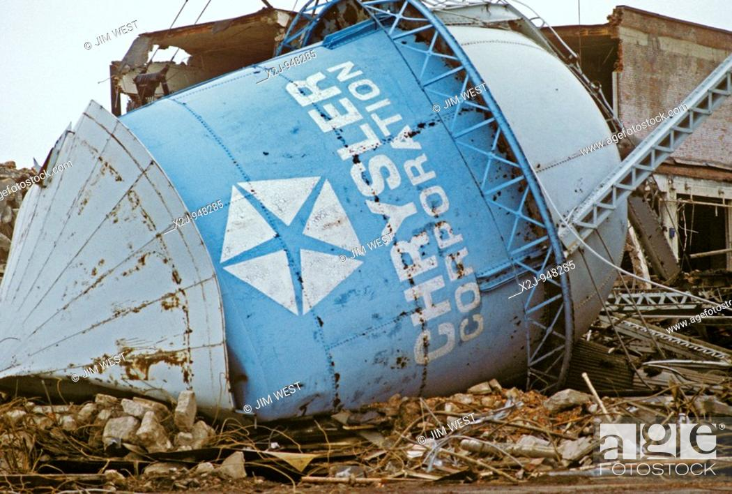 Stock Photo: Detroit, Michigan - Demolition of water tower at Chrysler's McGraw glass plant.