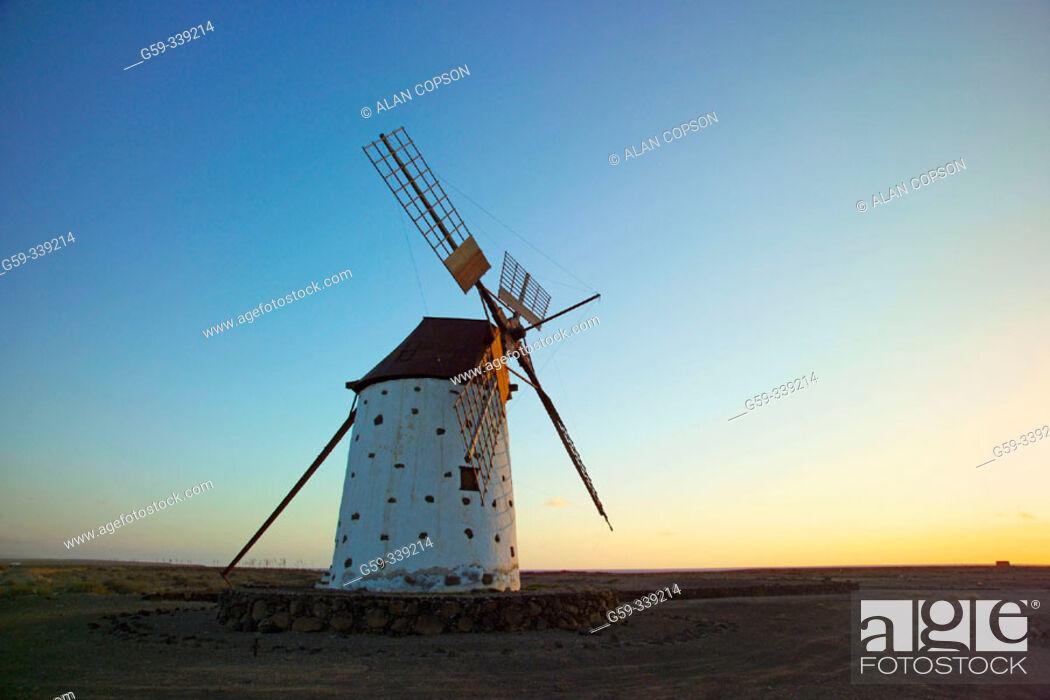 Stock Photo: Windmill in Roque, near El Cotillo. Fuerteventura. Canary Islands. Spain.