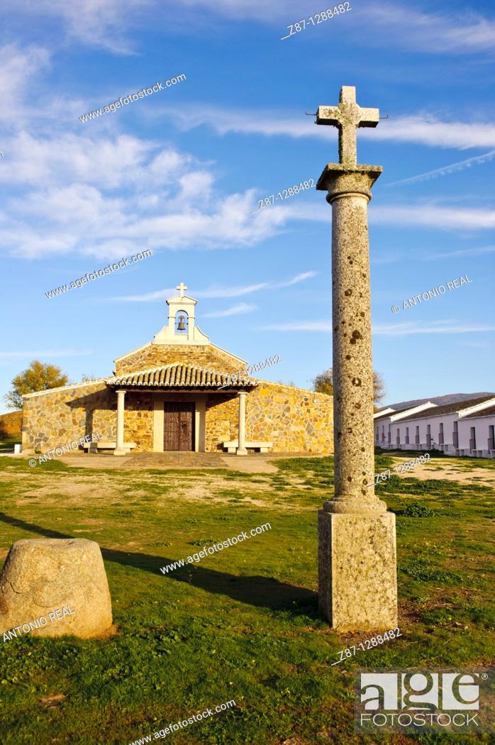 Ermita de El Milagro, Reserva Fluvial Sotos del Rio Milagro, Retuerta del  Bullaque, Foto de Stock, Imagen Derechos Protegidos Pic. Z87-1288482 |  agefotostock