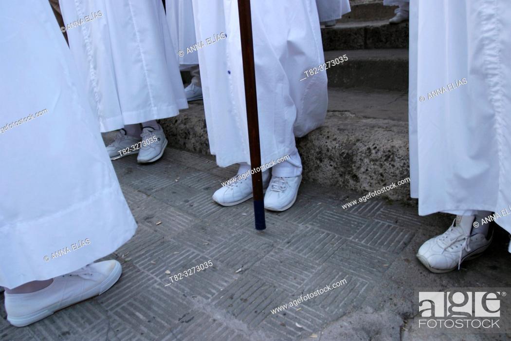 Stock Photo: Nazarenos (penitents), Holy Week, Arcos de la Frontera, Cadiz province, Andalusia, Spain.