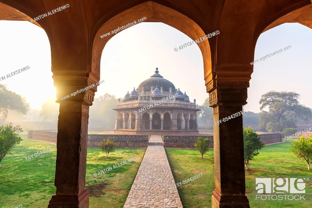 Stock Photo: Sunrise in the Humayun's Tomb, view on the Isa Khan's tomb, Delhi, India.