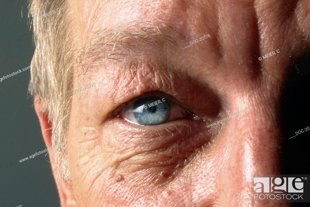 Stock Photo: eye of an old man.