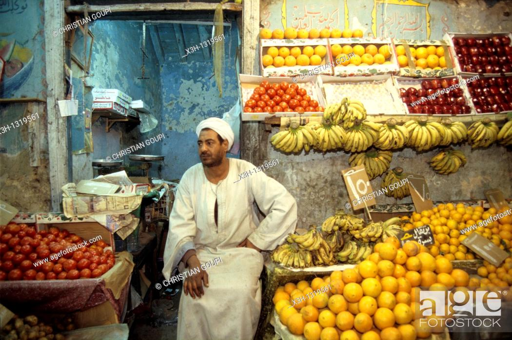 Stock Photo: fruits and vegetables shop, Luxor, Egypt, Africa.