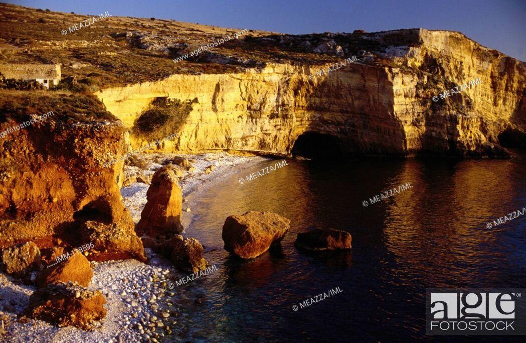 Stock Photo: Peloponnese, Mani: To the Lighthouse Mezapos Bay.