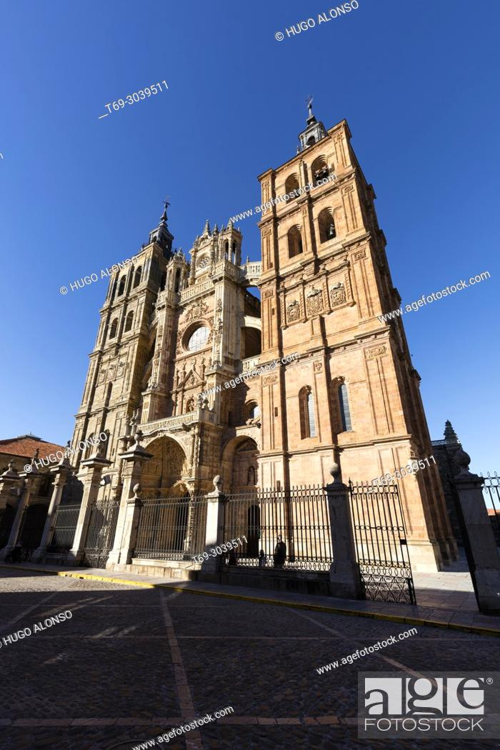 Stock Photo: Astorga, Cathedral. Castile and Leon, Province of Leon, Sapin.
