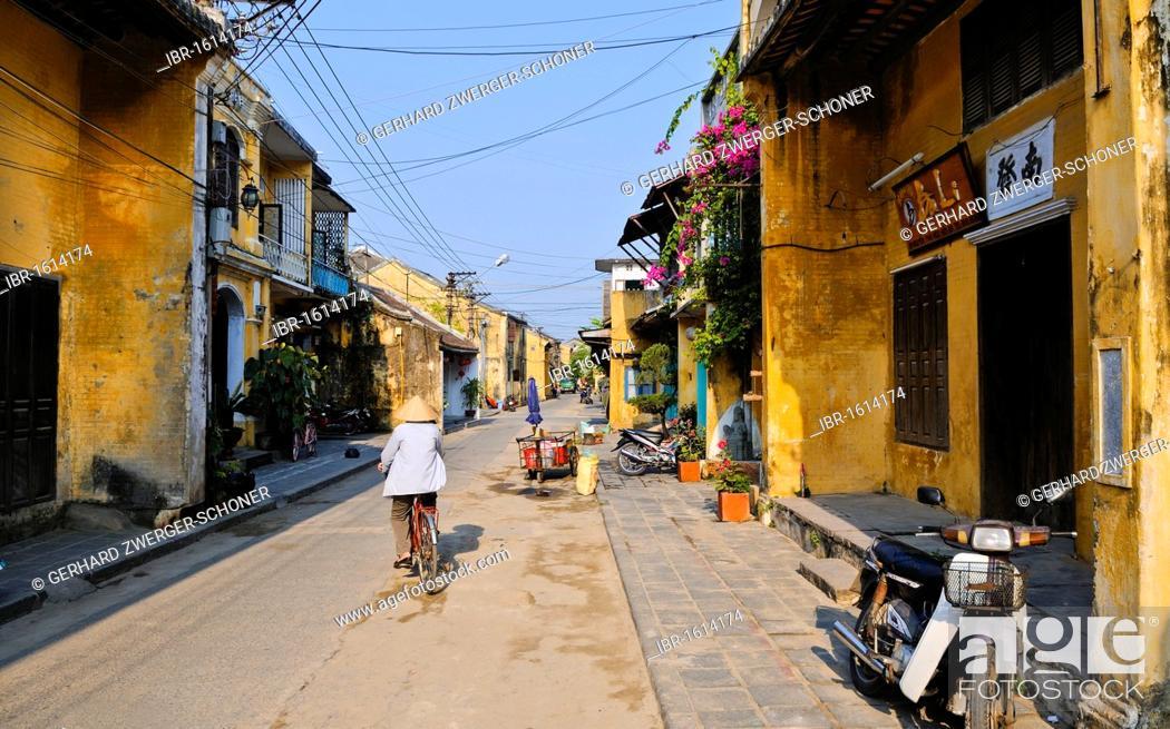 Stock Photo: Street scene, Hoi An, Vietnam, Southeast Asia.