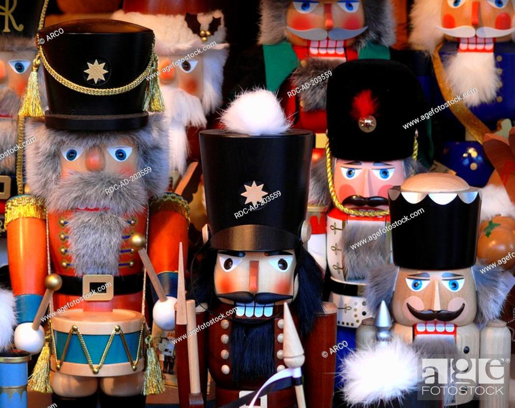 Handmade nutcrackers, baroque christmas market, Ludwigsburg, Baden ...