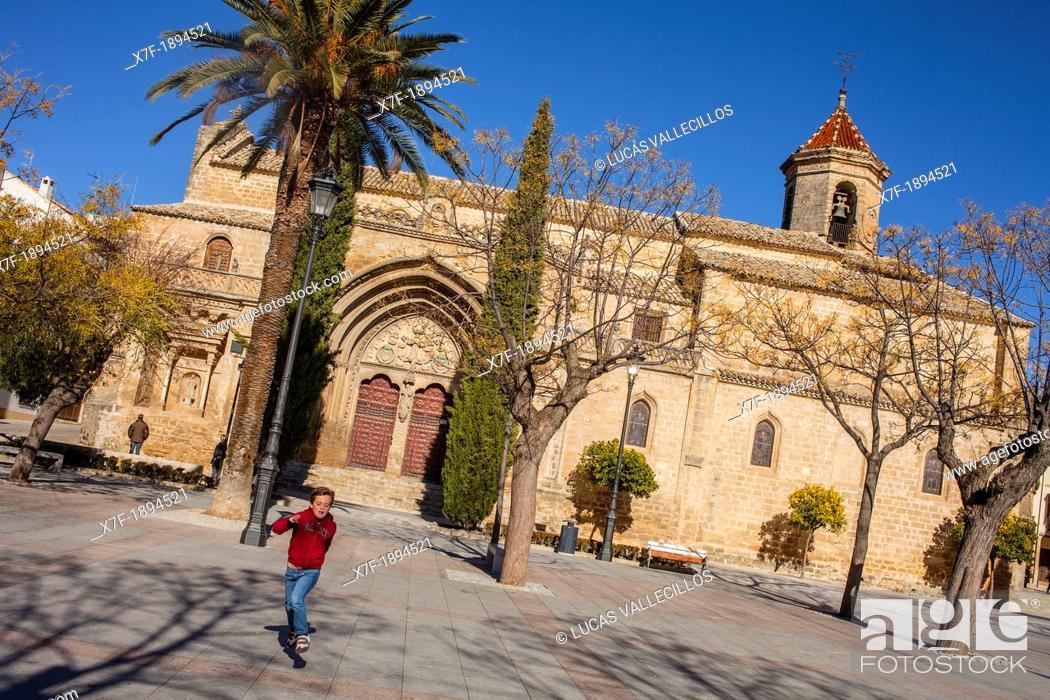 Stock Photo: Church, Iglesia, de San Pablo, Plaza Primero de Mayo, Ubeda, Andalusia, Spain.