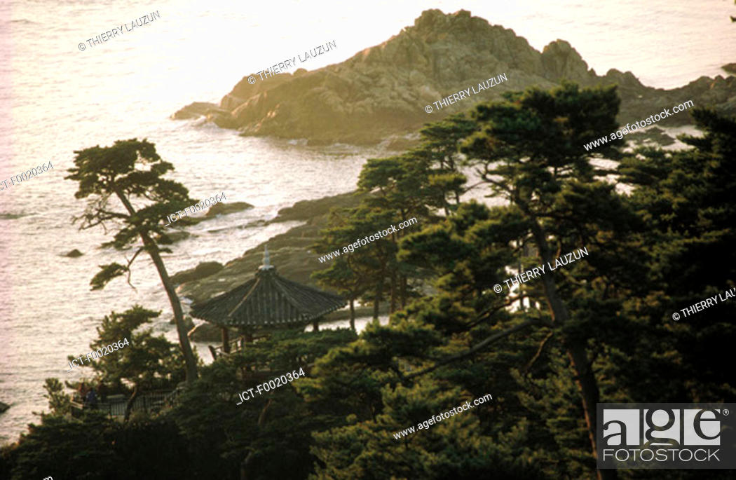 Stock Photo: South Korea, Naksan-Sa.