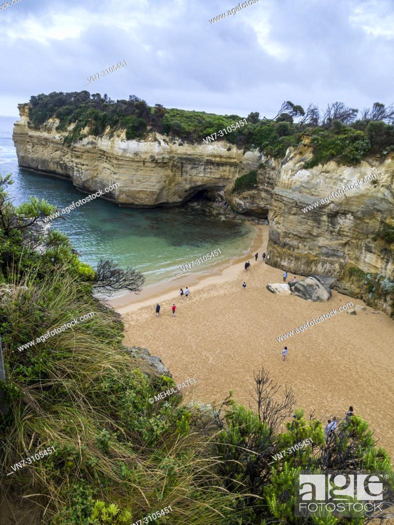 Stock Photo: Angled view of the beach and cliffs at Loch Ard Gorge, Port Campbell National Park, Great Ocean Road, Victoria, Australia.