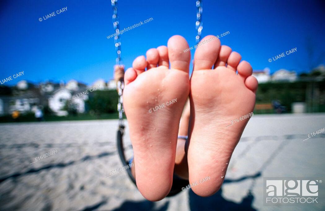 Stock Photo: Feet in swing.