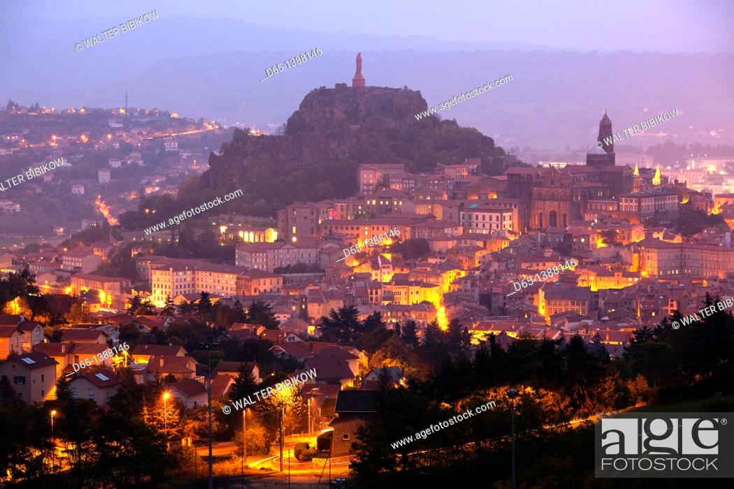 Stock Photo: France, Haute-Loire Department, Auvergne Region, Le Puy-en-Velay, town overview, dawn.