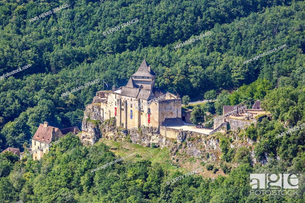 Stock Photo: France, Dordogne, Castelnaud la Chapelle, labelled Les Plus Beaux Villages de France (The Most Beautiful Villages of France), the castle (aerial view).