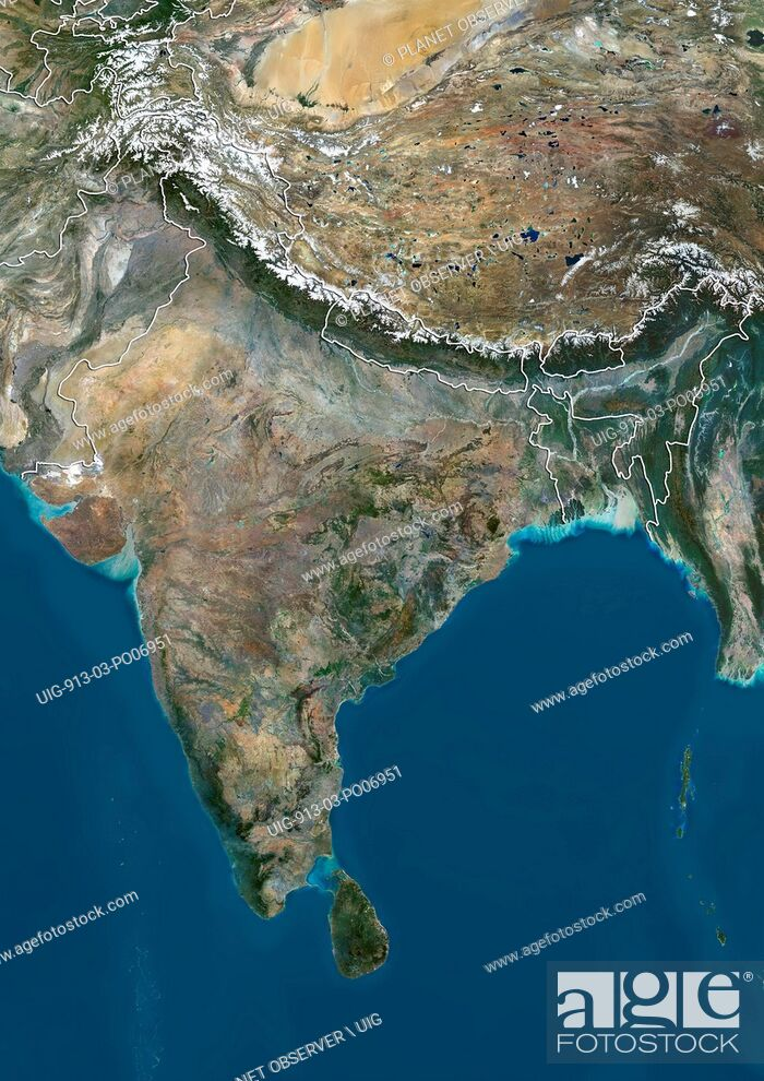 Imagen: Satellite view of the Indian subcontinent (with country boundaries), showing India at center and boundaries of Jammu and Kashmir disputed areas in India.