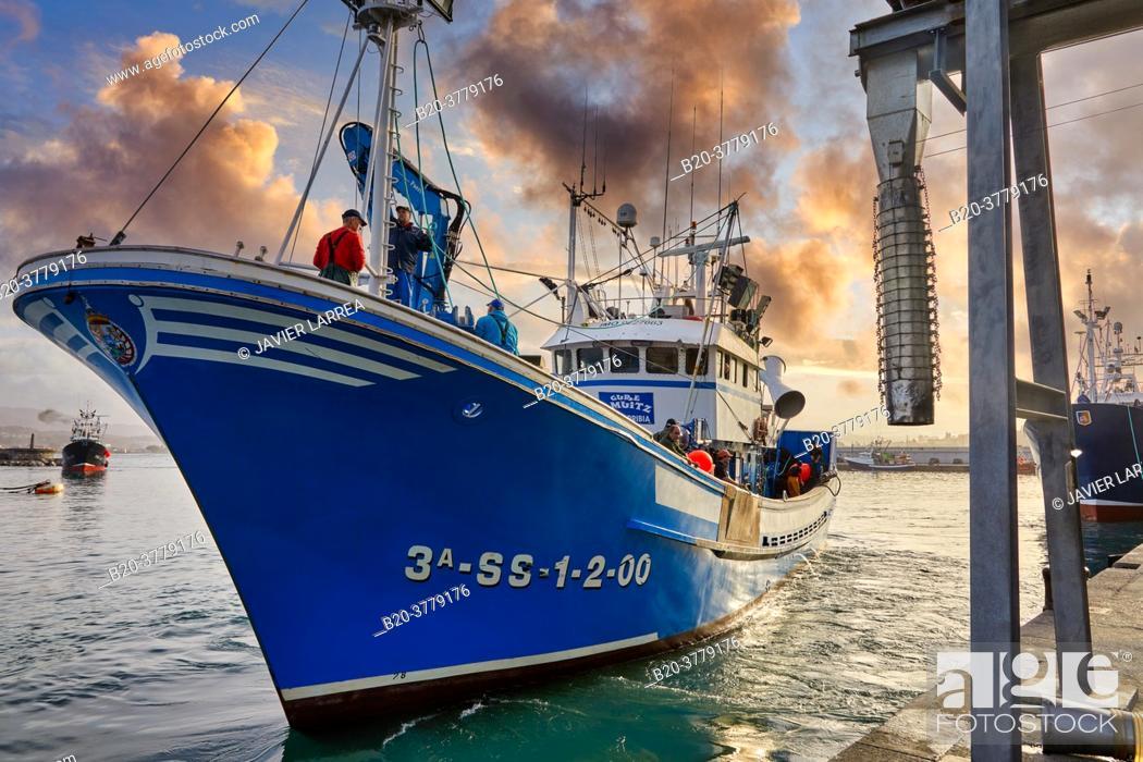 Stock Photo: Fishing port, Hondarribia, Gipuzkoa, Basque Country, Spain, Europe.