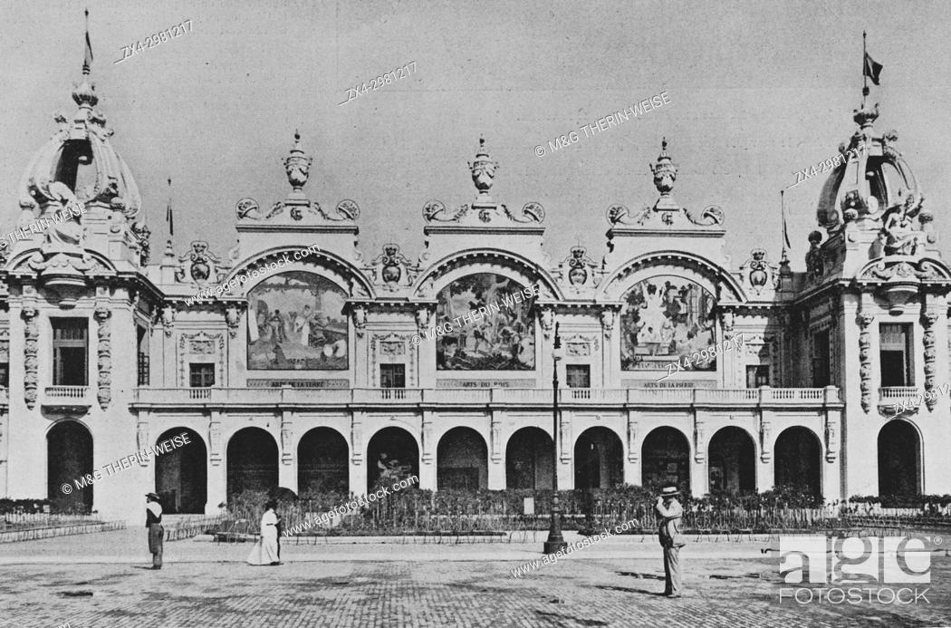 Stock Photo: Palais des manufactures nationales, Universal Exhibition 1900 in Paris, Picture from the French weekly newspaper l'Illustration, 20th October 1900.