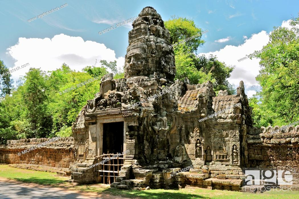 Stock Photo: Cambodia, Siem Reap, Angkor classified World Heritage by UNESCO, one of the gate of Angkor Thom, tower-shaped head.