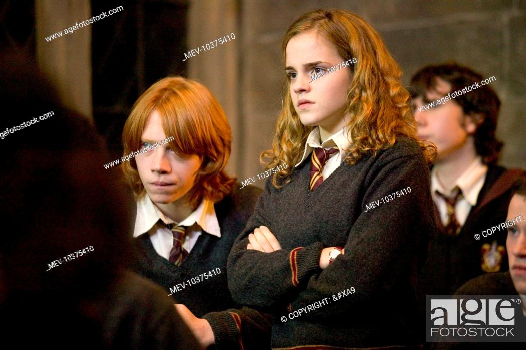 Rupert Grint As Ron Weasley And Emma Watson As Hermione Granger In Warner Bros Stock Photo Picture And Rights Managed Image Pic Mev 10375410 Agefotostock