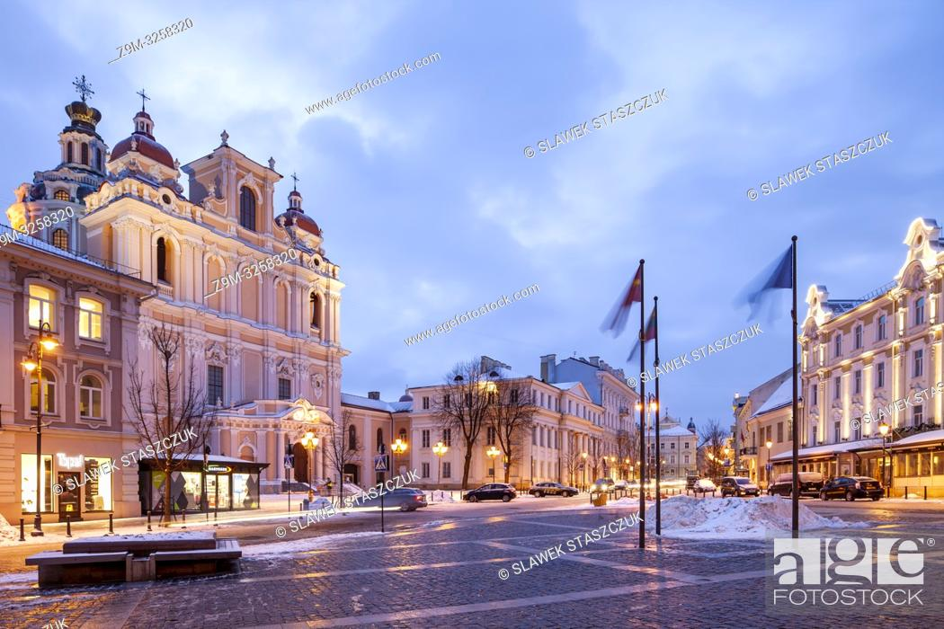 Stock Photo: Winter dawn in Vilnius old town, Lithuania.