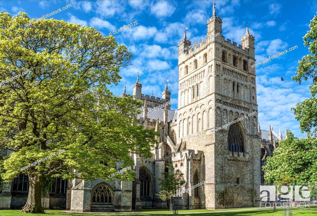 Stock Photo: Exeter Cathedral St. Peter, Devon, England.