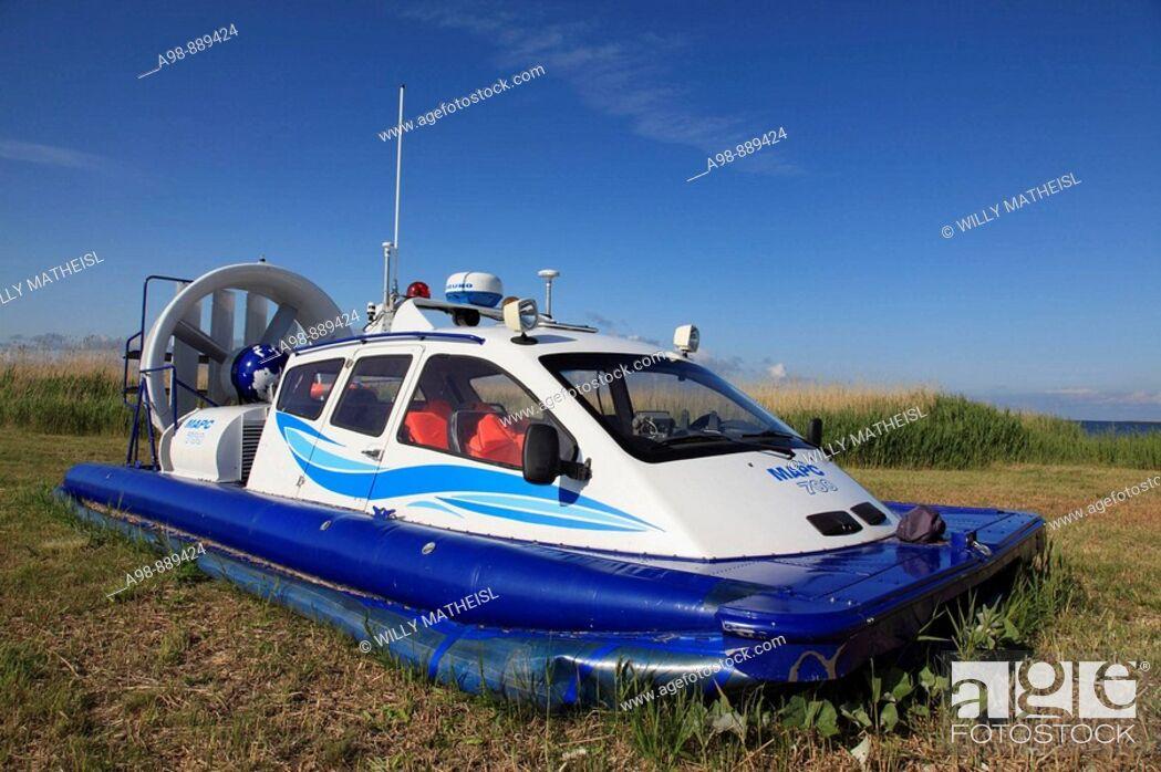 Imagen: parking small hovercraft at port Munalaiu near Paernu, Estonia, Baltic Nation, Eastern Europe.