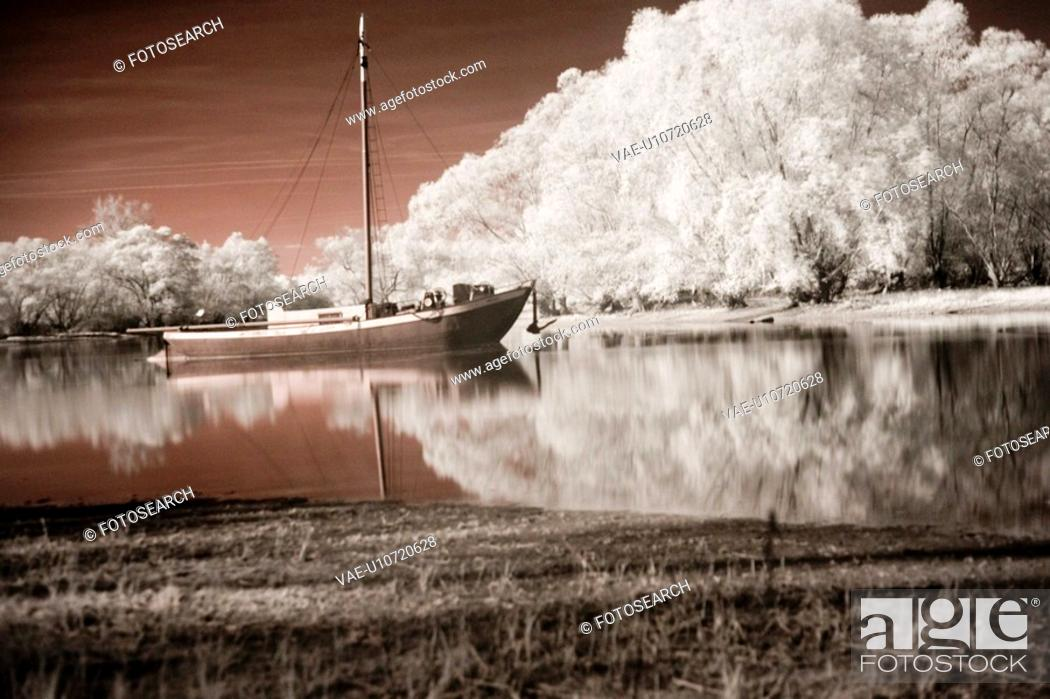 Stock Photo: blossom, bathe, blooms, bloom, beauty, boat, atmosphere.