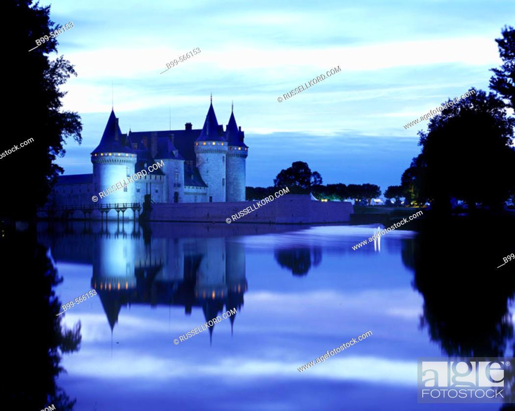 Stock Photo: Chateau Sully-sur-loire, Loiret, France.
