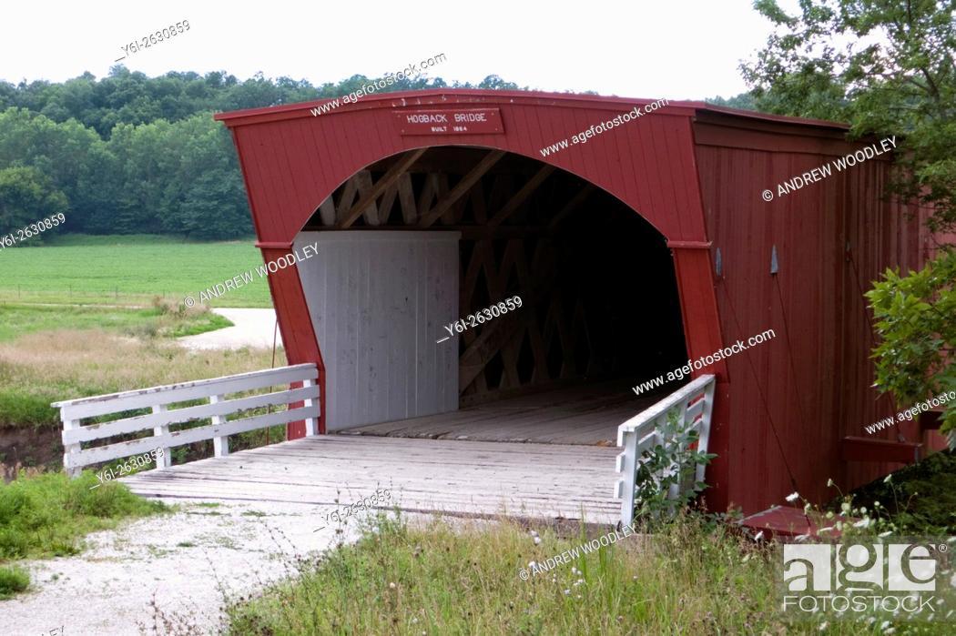 Stock Photo: Hogback covered bridge Madison County Iowa USA.