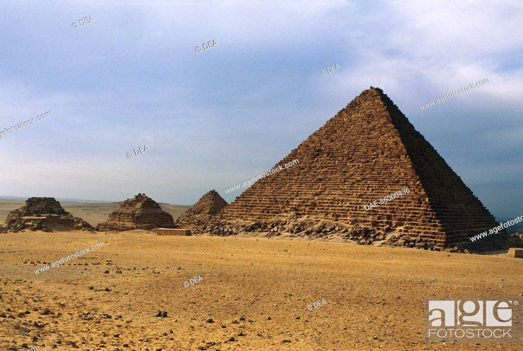 Stock Photo: Egypt - Cairo - Ancient Memphis (UNESCO World Heritage List, 1979). Giza. The pyramids of Menkaure and Queens, Old Kingdom, Dynasty IV, 2723-2563 b.C.