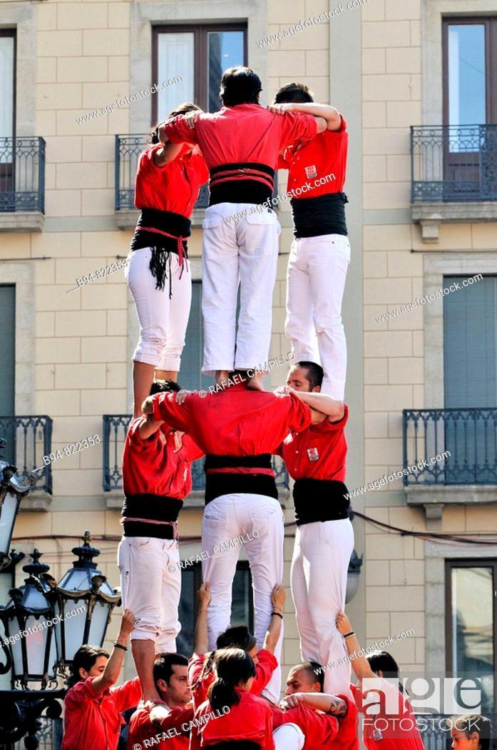 Stock Photo: 'Castellers' in Plaça de Sant Jaume, Barcelona. Catalonia, Spain.