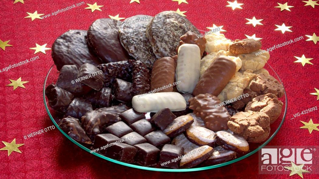 Weihnachtsgebäck 2019.Essen Und Trinken Weihnachten Advent Teller Mit Weihnachtsgebaeck