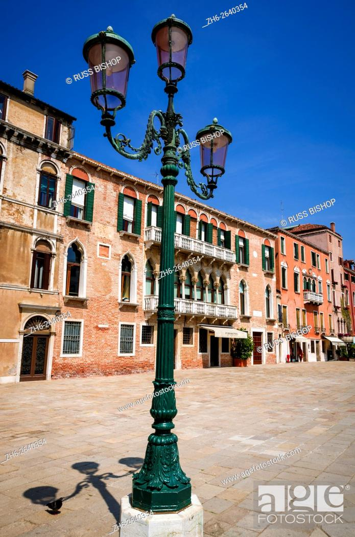 Stock Photo: Lamp post and houses, Venice, Veneto, Italy.