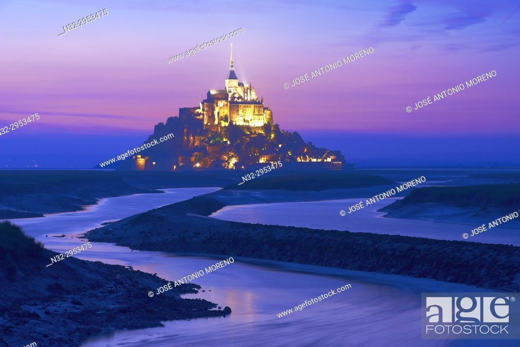 Stock Photo: Mont St Michel, Sunset, Mont-Saint-Michel, Benedictine abbey, Pontorson, UNESCO, World Heritage Site, Manche, Normandy, France. .