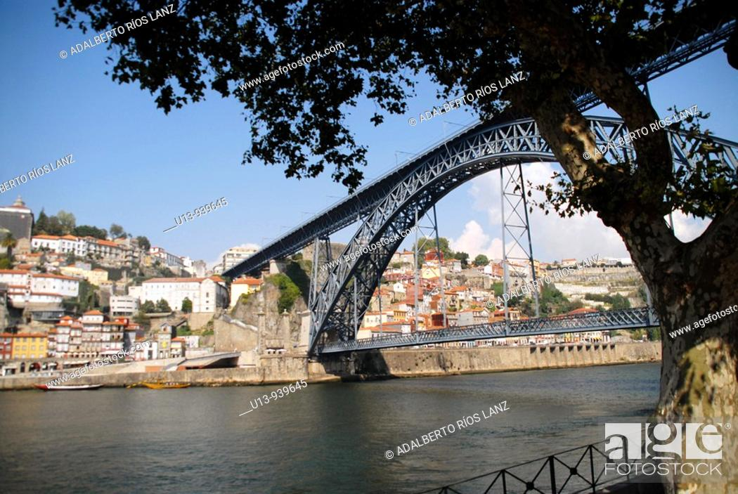 Stock Photo: Dom Luis Bridge over Douro River, Porto, Portugal.