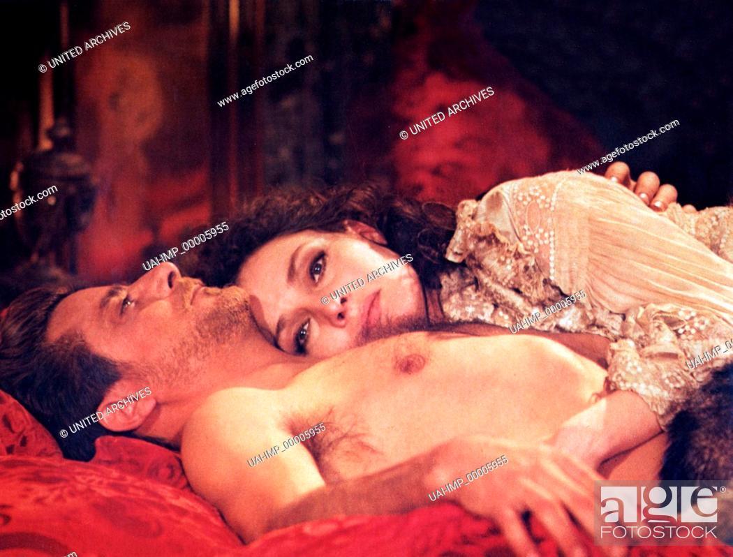 Stock Photo: Die Unschuld, (L' INNOCENTE) IT-F 1976, Regie: Luchino Visconti, GIANCARLO GIANNINI, LAURA ANTONELLI.
