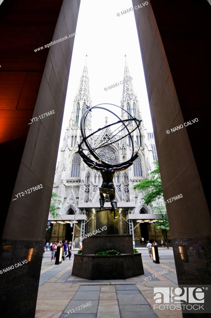 Stock Photo: Atlas Statue made in 1936 by Lee Lawrie and Rene Chambellan in Rockefeller Center, Manhattan, New York City, New York State, USA.
