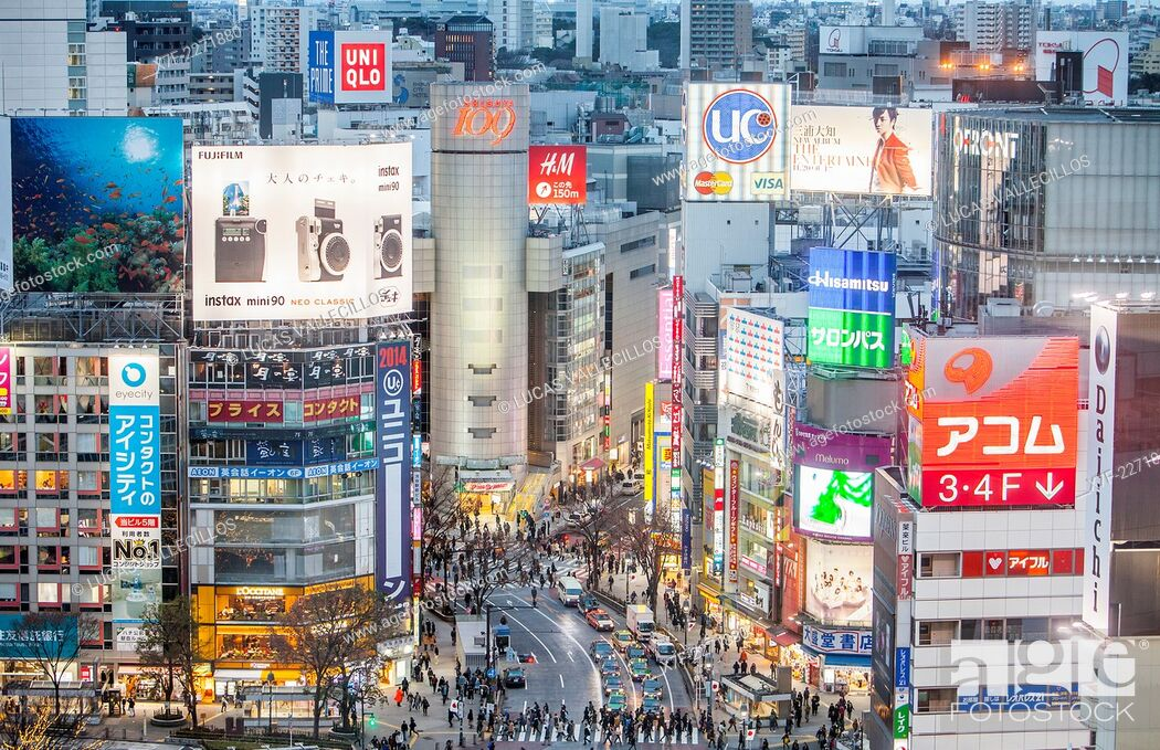 Stock Photo: Shibuya. Scramble Kousaten crossing in Hachiko square. Tokyo city, Japan.
