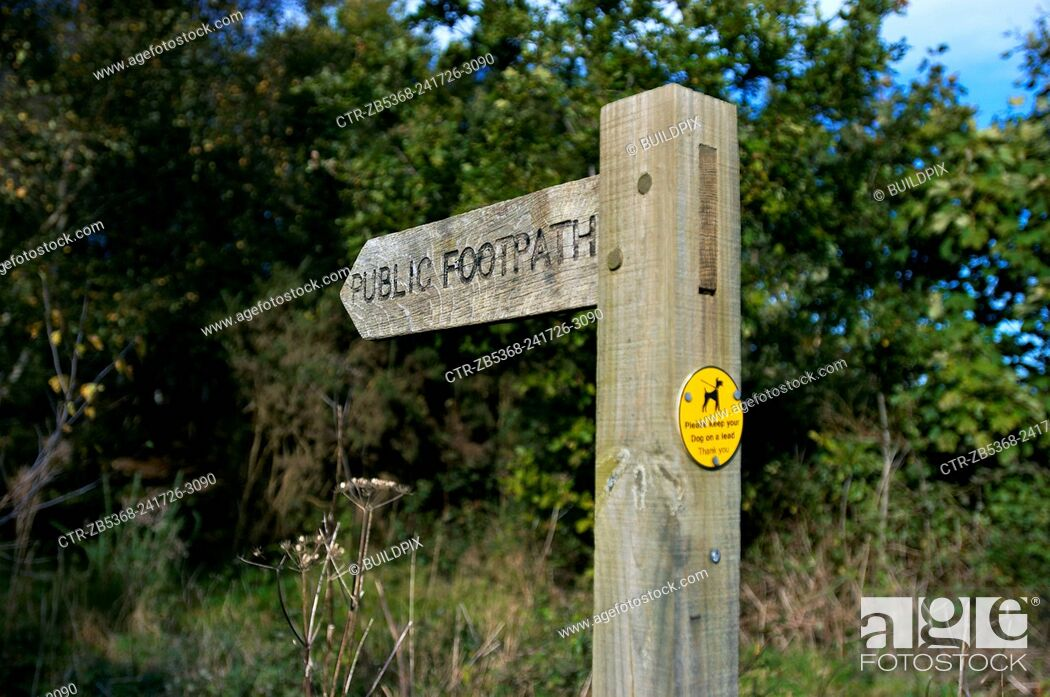 Imagen: Public Footpath sign, England, UK.