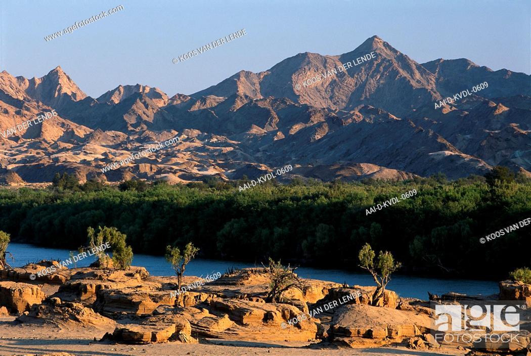 Stock Photo: Landscape & mountains, AI/AIS Richtersveld Transfrontier Park, Northern Cape, South Africa.
