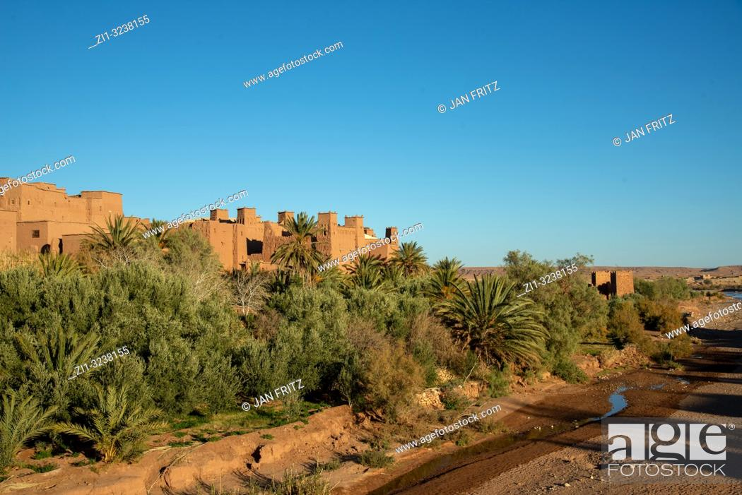 Imagen: Ait Benhaddou in High Atlas mountains in Maroc.