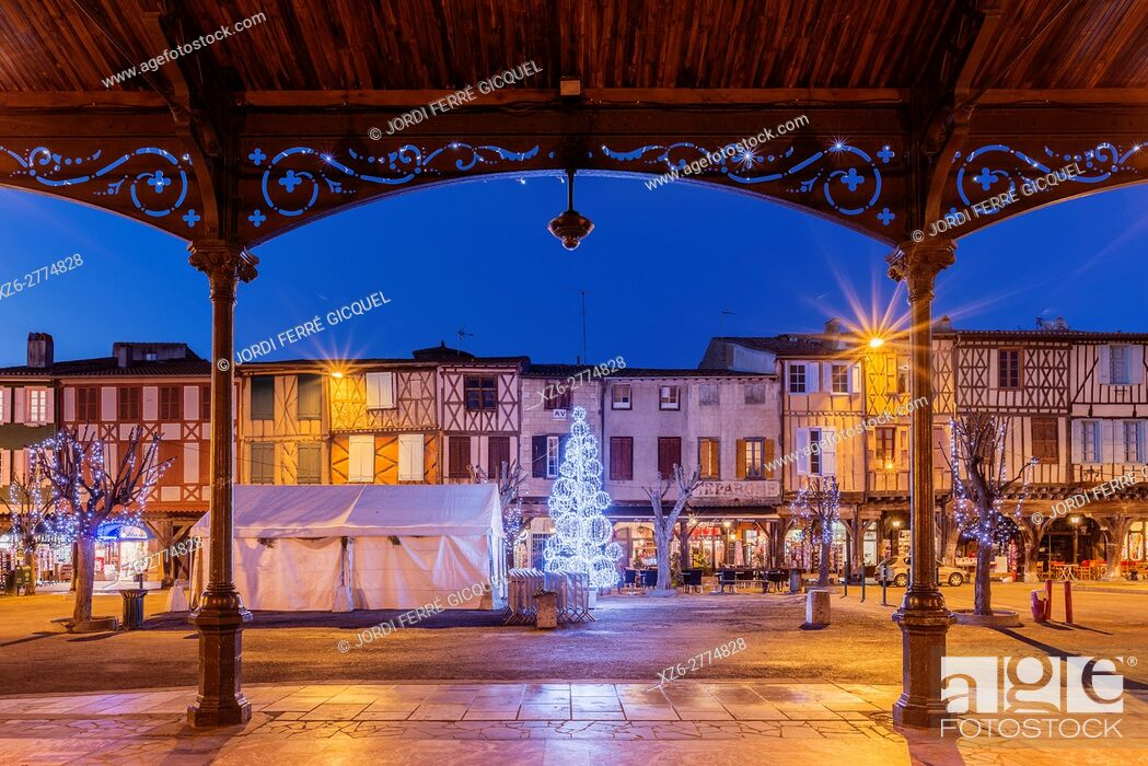 Stock Photo: Arcaded market square in Mirepoix, Ariège 09, France, Europe.