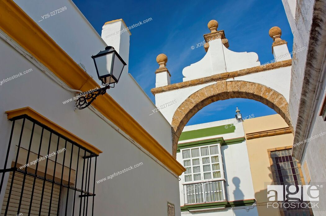Stock Photo: Alley of the Arch, Puerto Real, Cadiz province, Region of Andalusia, Spain, Europe.