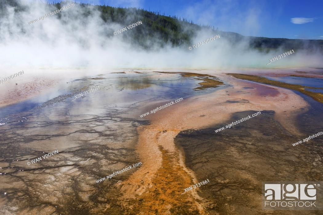 Imagen: Grand Prismatic Spring, Firehole river, Yellowstone National Park, USA.