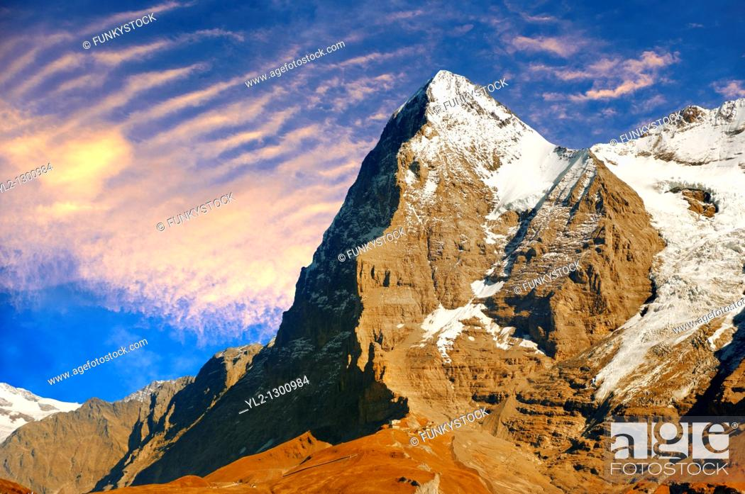 Photo de stock: The Eiger North Face from Murren - Alps Switzerland.