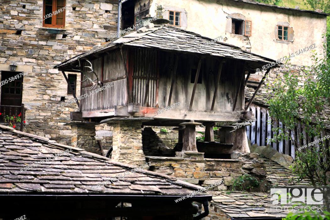 Stock Photo: 'Horreo'. Teixois. Taramundi. Asturias. Spain.