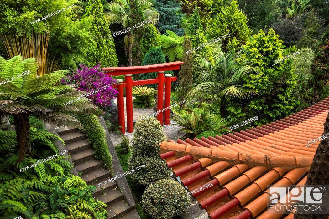 Imagen: Monte Palace Tropical Garden Japanese garden - Monte, Madeira, Portugal.