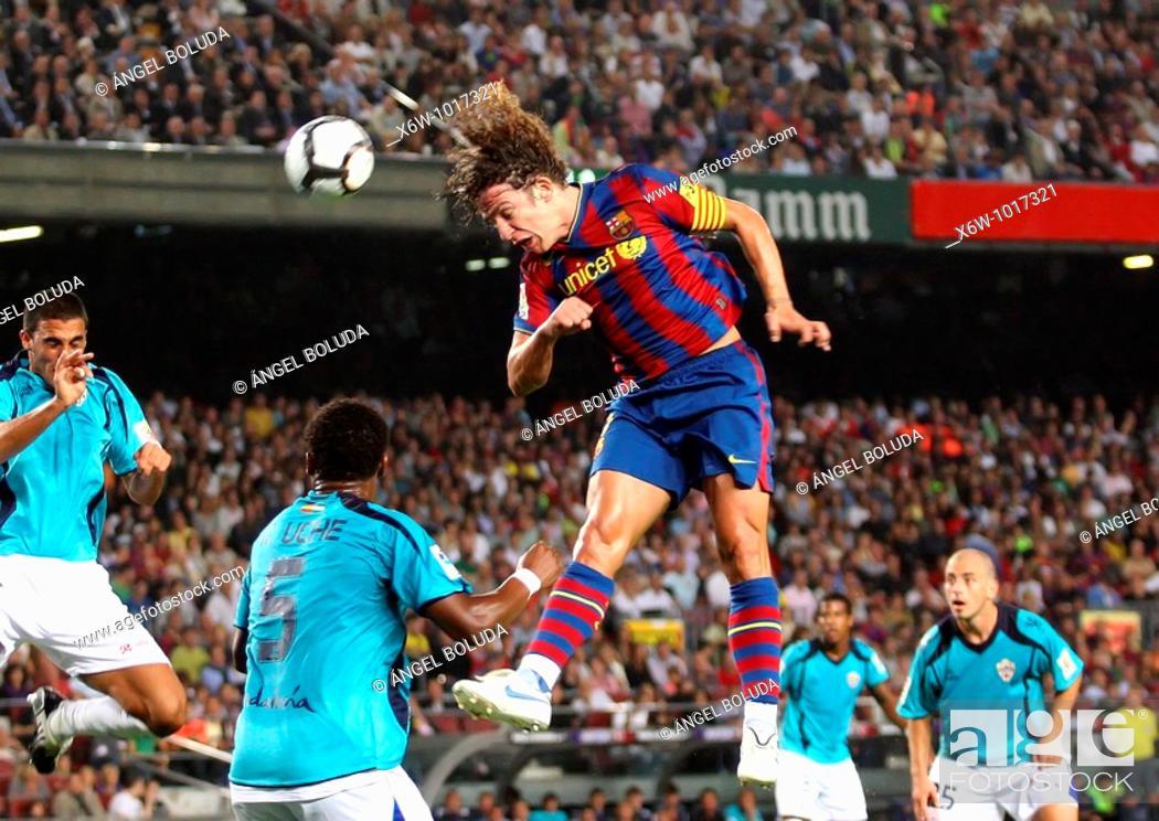 Stock Photo: Barcelona, Camp Nou Stadium, 03/10/2009, Spanish League, FC Barcelona vs. UD Almería, Carles Puyol.