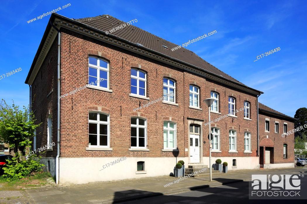 Stock Photo: Germany, Nettetal, Maas-Schwalm-Nette Nature Park, Schwalm-Nette Nature Park, Lower Rhine, Rhineland, North Rhine-Westphalia, NRW, Nettetal-Schaag, Moubis House.