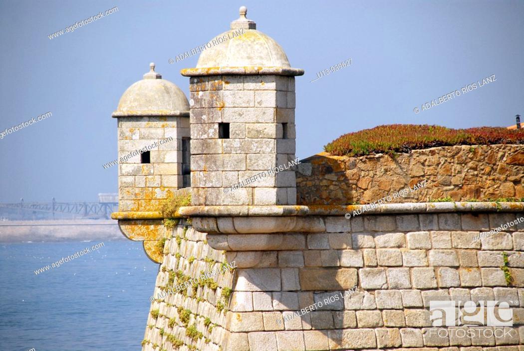 Stock Photo: Fort and Douro river, Porto, Portugal.